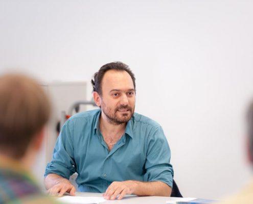 Ilker Atac beim Black Sea Region Lecture zu Parlamentswahlen in der Türkei