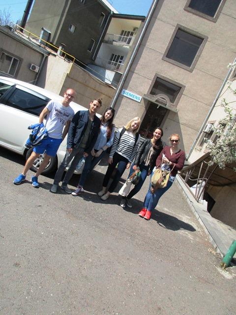 Gruppenfoto während Exkursion des Wahlpflichtmoduls Black Sea Region nach Yerevan