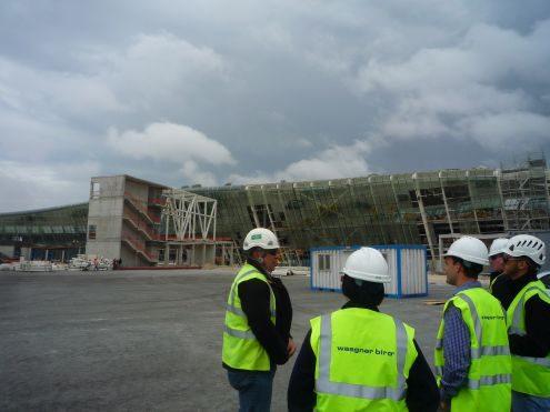Exkursion Baku Flughafen im Rahmen des Wahlpflichtmoduls Black Sea Region