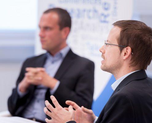 Hannes Meissner und Johannes Wetzinger diskutieren beim Business Talk Black Sea Region: Georgien als Reformland?